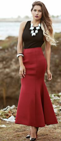Dawilda Burgundy Fishtail Skirt Fall Street Style Inspo