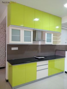 Mims residence - bangalore: kitchen by pebblewood. Kitchen Interior Design Decor, Kitchen Unit Designs, Kitchen Cupboard Designs, Kitchen Room Design, Kitchen Ceiling Design, Interior Design Kitchen, Kitchen Cabinet Layout, Kitchen Appliances Design, Kitchen Furniture Design