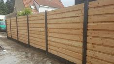 Fencing douglas wood, horizontal boards with concrete posts. Backyard Fences, Backyard Projects, Douglas Wood, Concrete Posts, Yard Furniture, Garden Deco, Garden Architecture, Home Upgrades, Back Gardens