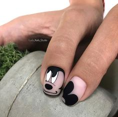 50 french manicure ideas and inspiration in 2019 028 Disney Acrylic Nails, Disney Nails, Best Acrylic Nails, Latest Nail Designs, Nail Art Designs Videos, Funky Nail Art, Funky Nails, Nail Manicure, Toe Nails