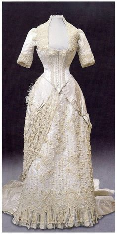 Empress Maria Feodorovna, evening dress - 1880s - Design by Corbal-Wenzel of Paris