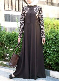 Modern Hijab Fashion, Abaya Fashion, Moslem Fashion, Modele Hijab, Ankara Gown Styles, Hijab Style, Abaya Designs, Muslim Dress, Stylish Dress Designs