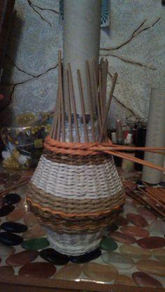 Плетение напольной вазы