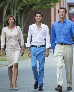 First day of boarding school for Prince Nikolai, accompanied by his parents Alexandra, Countess of Frederiksborg, and Prince Joachim of Denmark August 2014 King Queen Princess, Royal Princess, Denmark Royal Family, Danish Royal Family, Casa Real, Alexandra Manley, Royals Today, Princess Alexandra Of Denmark, Danish Prince