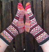 Ravelry: Hearty-stripy socks pattern by Polly McEldowney