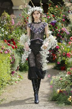 Rodarte's Spring 2018 Collection Takes Flower Crowns to the Next Level