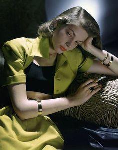 Lauren Bacall fotografiada por John Rawlings, 1945