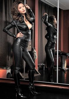 Women who understand the power they innately possess. I am particularly attracted to dominant Asian women. Leather Dresses, Leather Pants, Sexy Outfits, Botas Sexy, Leder Outfits, Latex Dress, Sexy Latex, Latex Fashion, Looks Cool