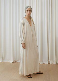 Totême Stockholm Spring 2018 Collection Photos - Vogue