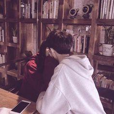 Tumblr Couples, Kpop Couples, Couple With Baby, Best Couple, Boyfriend Goals, Boyfriend Girlfriend, Cute Relationship Goals, Cute Relationships, Cute Korean