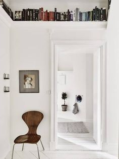 The Best Shelves for Small Spaces Sparse Wabi-Sabi Shelving