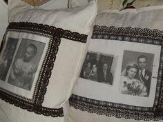 Valokuva-tyynyjä lapsuuden perhe + vanhempien hääkuva sekä oma hääkuvamme + tyttäremme 1 v. kuva . Pohjana pellavaliina + pitsiä ja nauhoja.