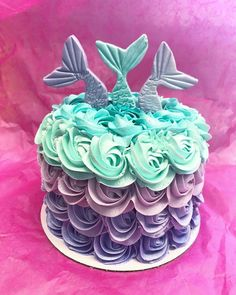 Mermaid cake///I would do her smash cake like this Little Mermaid Cakes, Mermaid Birthday Cakes, Little Mermaid Parties, Birthday Cake Girls, 1st Birthday Parties, First Birthday Girl Mermaid, Birthday Ideas, Fondant Cupcakes, Cupcake Cakes