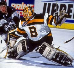 Andy Moog in the net for Boston Ice Hockey Teams, Hockey Goalie, Nhl, Boston Bruins Hockey, Goalie Mask, Sports Uniforms, Boston Sports, Vancouver Canucks, National Hockey League