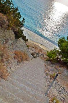 Λευκάδα - Παραλία Εγκρεμνοί. Lefkada island, Egremnee beach.