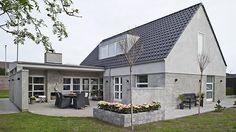 Husterapi Mansions, House Styles, Facade, Outdoor Decor, Inspiration, Home Decor, Biblical Inspiration, Decoration Home, Manor Houses