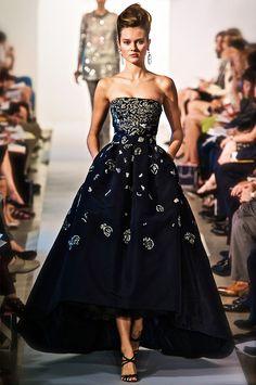 Short Long Hemline Dress #Trend forSpring Summer 2013  Oscar de la Renta Spring Summer 2013 #fashion #trends