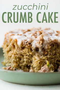 Zucchini crumb cake is moist, cinnamon-spiced, and hidden with summer's favorite green vegetable inside. Topped with a buttery brown sugar crumb topping and sweet vanilla icing, veggies for breakfast never tasted so good! Recipe on sallysbakingaddic… Zucchini Cake, Zucchini Desserts, Freeze Zucchini, Banana Zucchini Muffins, Zuchinni Recipes, Vanilla Icing, Pistachio Cake, Cinnamon Cake, Bowl Cake