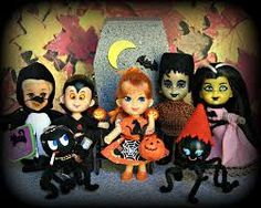 Spirit Halloween, Halloween Themes, Halloween Party, Barbie Halloween, Vintage Halloween, Creepy Kids, Dawn Dolls, Barbie Collection, Retro Toys