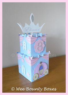 Princess Cinderella Carriage & Bows Centrepiece by WeeBountyBoxes $13.43
