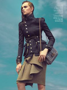 Rigor na Parada – Photographer Kevin Sinclair captures fall's military inspired looks with disciplined cuts and razor sharp silhouettes for Vogue Portugal's… Military Trends, Military Chic, Military Looks, Military Jacket, Military Issue, Military Girl, Fashion Mode, High Fashion, Fashion Outfits