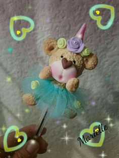 Porcelain Or China Porcelain Ceramics, Cold Porcelain, Porcelain Jewelry, Polymer Clay Pens, Clay Bear, Pencil Toppers, Ideas Para Fiestas, Pasta Flexible, Foam Crafts