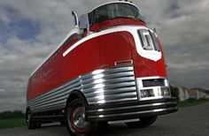 Ron Pratte to sell off entire collection, including Futurliner.  auction to be january 2015.