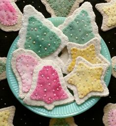 """Wool Kit for Sugar Cookies Ornaments...these are sweet! But, next time, I'll need to enlarge the pattern to make it look like """"real cookies"""" instead of the size of a Christmas ornament."""