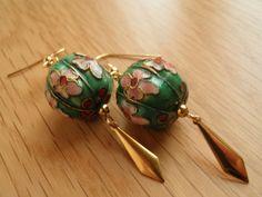 Chinese Lantern Earrings  Green by ravenwritingdesk on Etsy, $19.95
