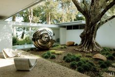 Vidal Sassoon's Modernist Retreat Photos | Architectural Digest