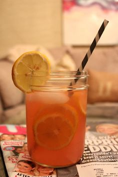 Pink Lemonade on Carrie Bradshaw Lied: Friday's Five