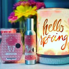 March's scent and warmer of the month!  Scent: Spring Foward 🌺🌻🌼🌺 If sunshine had a scent it would be this burst of Italian bergamot, raspberry jam and cedarwood.  mrssmith.Scentsy.... #scentsy #scentsyfragrance #scentsypromotion #mrssmithscentsy #scentsyscent #newcatalog #march2018 #springsummer2018 #hellospring