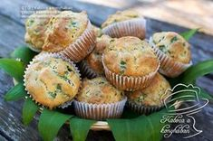 Medvehagymás-sonkás-sajtos muffin Quiche Muffins, Main Dishes, Food And Drink, Cupcakes, Healthy Recipes, Vegetables, Breakfast, Sweet, Salad