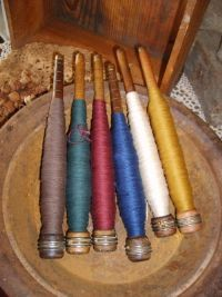 Vintage Wooden Quill/ Threaded Bobbin/ Spindle
