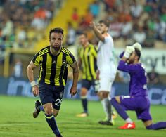 Alanyaspor 1-4 FB Valbuena'nın ilk golü sevinci.