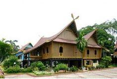 Riau Province Traditional House : Rumah melayu selaso jatuh kembar