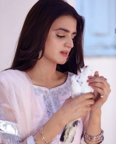 Hira Mani, Pakistani Culture, Prettiest Actresses, Pakistani Actress, Muslim Women, Hollywood Celebrities, Pakistani Dresses, Beautiful Celebrities, Girl Pictures