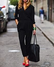 Latest Free Business Outfit for work Tips, Looks Chic, Looks Style, Black Work Outfit, Red Heels Outfit, Black Jumpsuit Outfit, Outfits With Red Shoes, Black Trousers Outfit Work, Black On Black Outfits, White Outfits