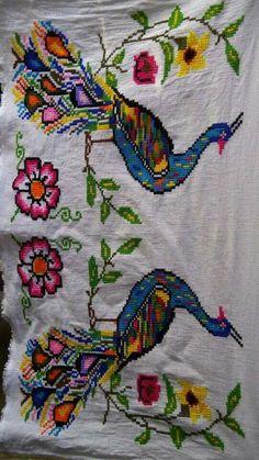 Cross Stitch Bird, Cross Stitch Flowers, Cross Stitch Designs, Cross Stitch Embroidery, Hand Embroidery, Cross Stitch Patterns, Designer Bed Sheets, Crochet Birds, Vintage Cross Stitches