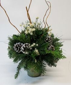 New Christmas Items for 2014 Christmas Floral Arrangements, Christmas Centerpieces, Christmas Items, Christmas Deco, Flower Crafts, Wonderful Time, Tables, Table Decorations, Flowers