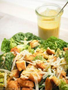 Caesar's Salad mit Original-Dressing, Hähnchenbrust und Knoblauch-Croutons - ° Verenas Welt °° Verenas Welt °