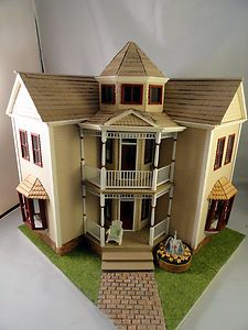 14 inch Visalian house sold on Ebay Dollhouse Dolls, Dollhouse Miniatures, Cardboard Dollhouse, Miniature Houses, Miniature Dolls, Little Houses, Mini Houses, Fairy Houses, Doll Houses