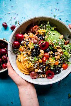 Healthy salad recipes, healthy food, healthy detox, vegetarian recipes, v. Clean Eating, Healthy Eating, Healthy Detox, Healthy Food, Vegan Detox, Healthy Summer, Healthy Salads, Healthy Chicken, Whole Food Recipes