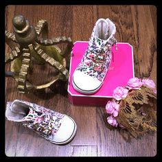 Juicy couture infant floral boots Brand new never worn no box. Adorable infant floral juicy couture boots w elastic straps in back & buckle  Size: 2c 100% authentic Selling on Mercari $28 free shipping Juicy Couture Other