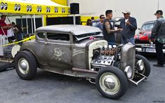 1932-ford-5window-coupe-chopped-rat-rod-hemi-powered-fvr-by-clovers_e2c45.jpg (1680×1050)