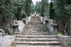 Raixa escalera monumental