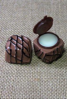How cute... Mini truffle lip balm. ❤️