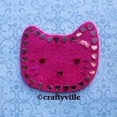 Hello kitty crafts with felt http://www.zujava.com/hello-kitty-crafts