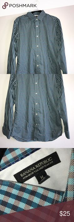 BR Non-Iron Tailored Slim-fit Shirt Excellent condition! No rips, holes or stains! Size M Banana Republic Shirts Casual Button Down Shirts