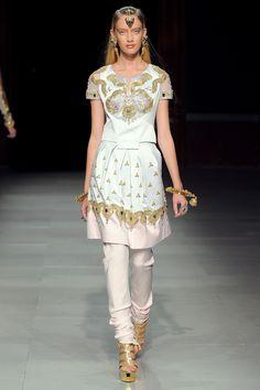 Manish Arora Spring 2013 Ready-to-Wear Fashion Show - Sofya Titova (NEXT)